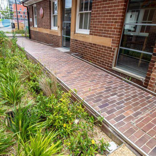 Lincoln Brickworks brick pavers used at Banga Community Shed